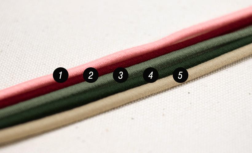 カラー:コード色