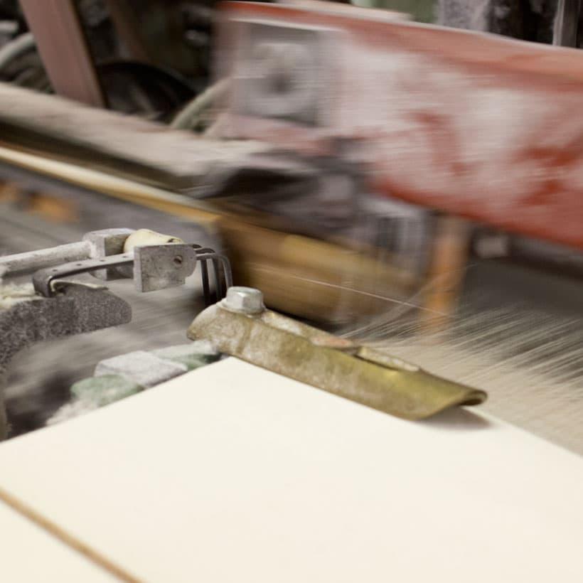 織物工場作業風景
