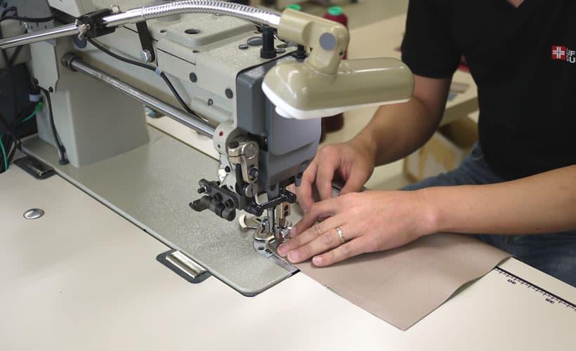 縫製工場風景