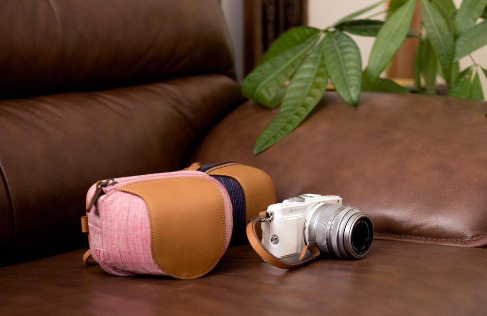 ミラーレス用カメラケース&ハンドストラップセットに遠州綿紬を追加